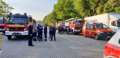 Landrat Daniel Kurth verabschiedet Barnimer Einsatzkräfte nach Jüterbog
