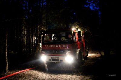 Waldbrand Ruhlsdorf/Marienwerder: Feuerwehr seit 8 Stunden im Einsatz