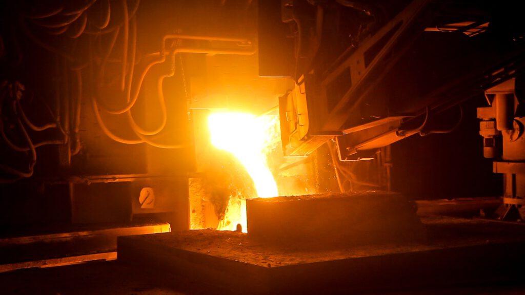 Stahlindustrie im Umbruch. IG Metall fordert Staatsbeihilfe für Branche – und lehnt Fusionspläne ab