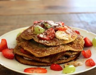ontbijtpannenkoekjes met fruit FODMAP-arm