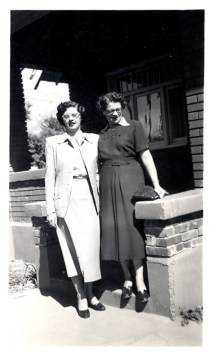Joyce with her mother, Madalene Pratt 1950
