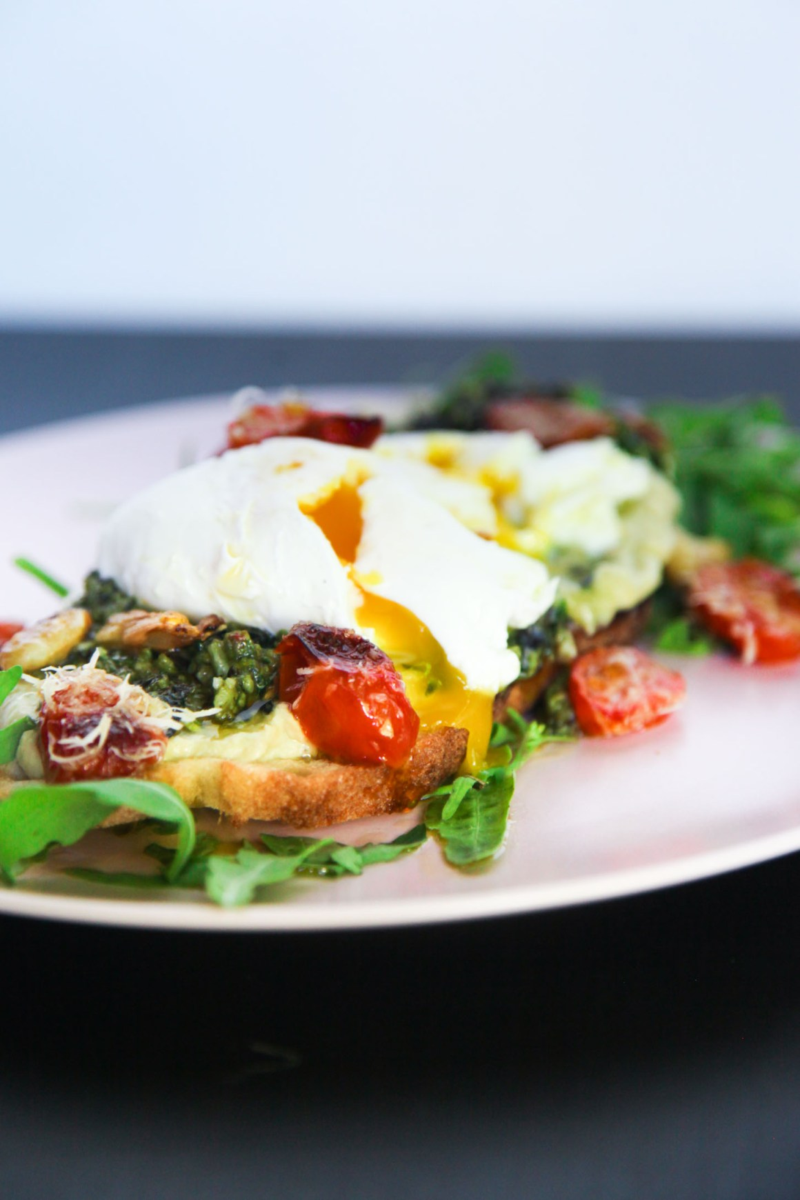 Delicious Umami Brunch with Oven Roasted Tomatoes, Hummus and Pesto | Berries and Spice