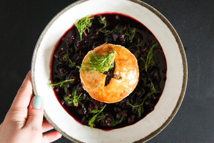 Pulled venison pies with gin and juniper berries berries and spice pulled venison pies with gin and juniper berries forumfinder Images