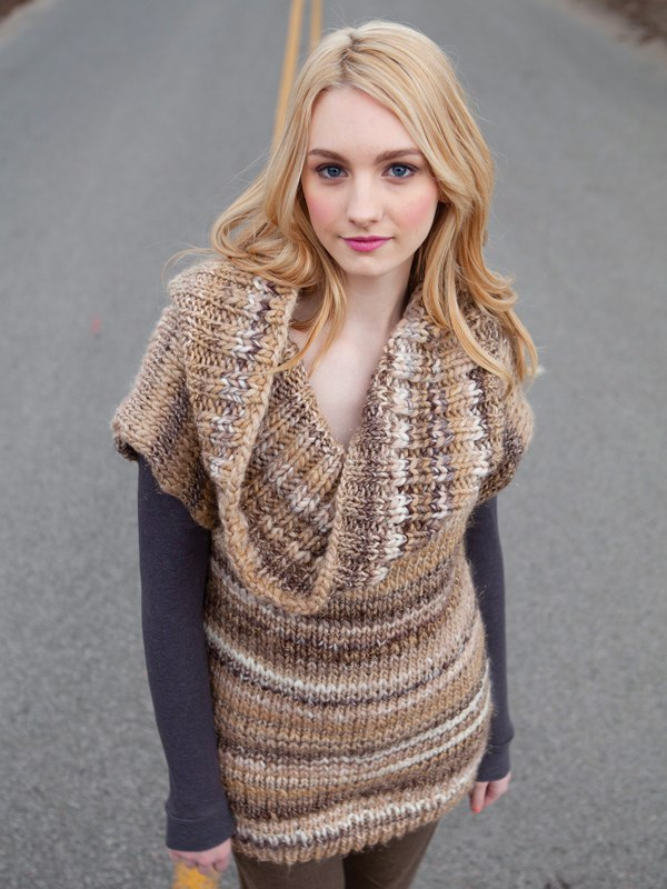 Caley pullover knitting pattern in Berroco Brio