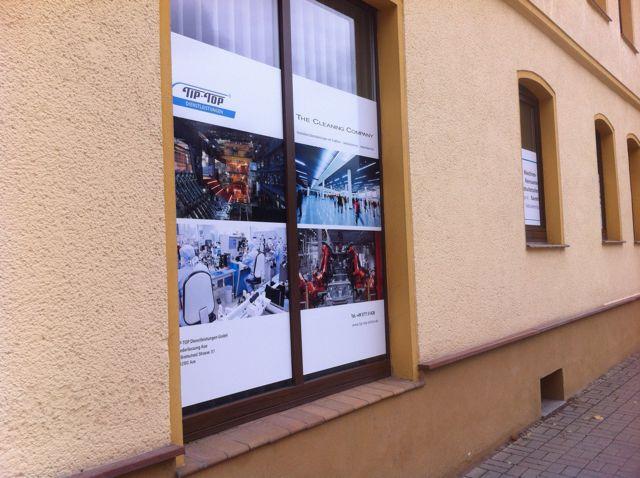 Schaufenstergestaltung für die Firma TIP TOP GmbH