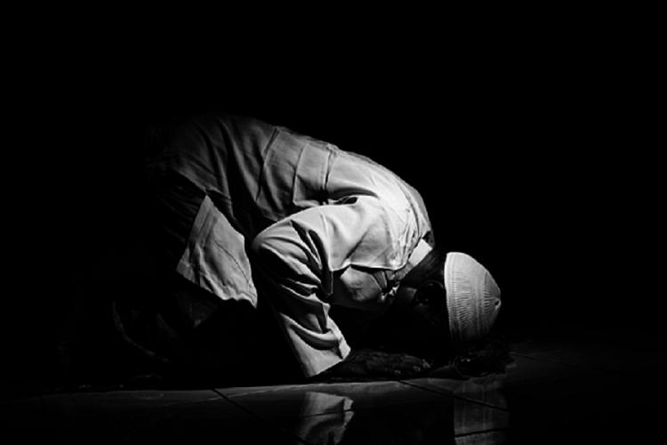 Tata Cara Sholat Witir Niat Doa Dan Keutamaan Lengkap