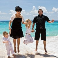 From Heaven to Hull: Family kicked out of #Bermuda after 20 years @MailOnline