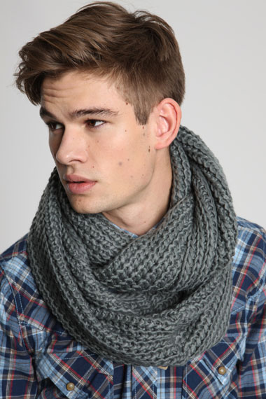 Snood urbanoutfitters