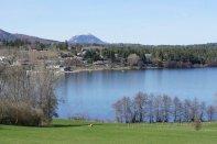 Dimanche 14 avril : balade autour du Lac d'Aydat avec le puy de Dôme au fond