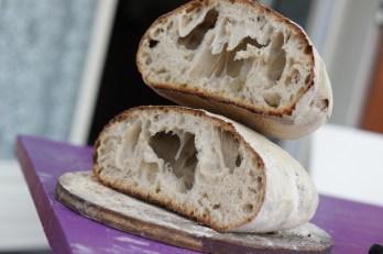 Samedi 17 août : pas pratique pour le Nutella mais ce pain est un délice !