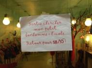 Vendredi 4 avril : une petite affiche qui m'a fait sourire dans une boutique