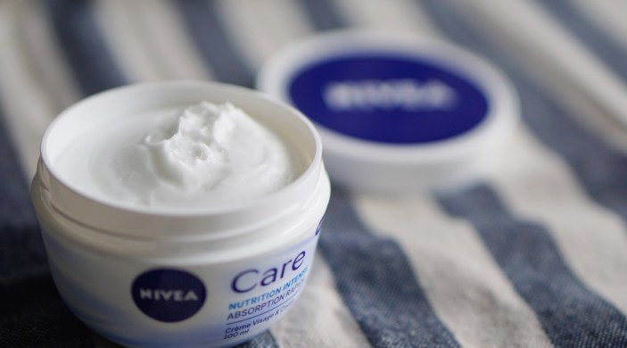 creme-nivea-care-pot