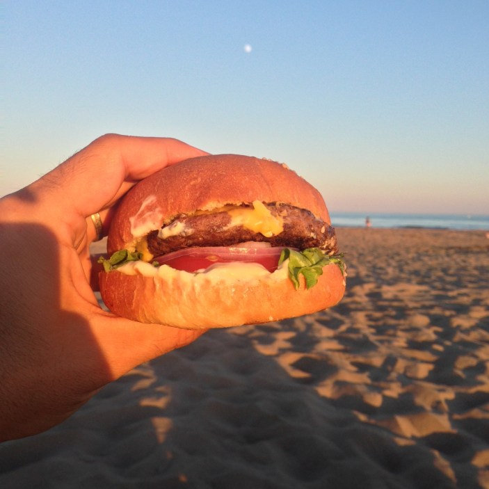 gruissan-hamburger-plage