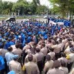 Protes UU Cipta Kerja, Mahasiswa Serbu DPRD Riau