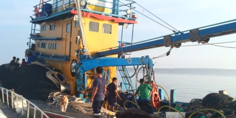 DKP Riau Sebut Kapal Ilegal Fishing Bendera Malaysia Berisikan Warga Kebangsaan Myanmar