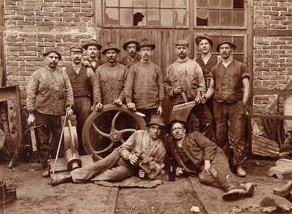 Gruppenfoto von Arbeitern