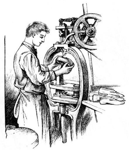 sw-Zeichnung: Mann stellt Schuh an einer Maschine her