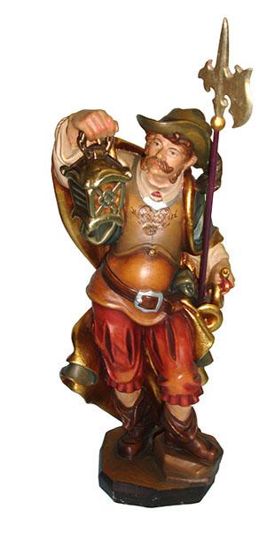 Holzfigur: bunt bemalte Nachtwächterfigur mit roter Pumphose, Brustpanzer, Federhut, Hellebarde, Laterne und Horm