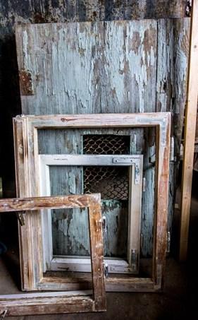Foto: alte Fensterflügel
