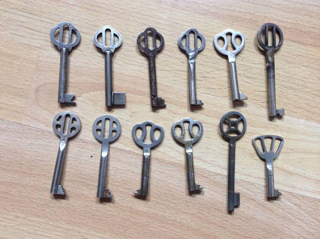 12 Schlüssel