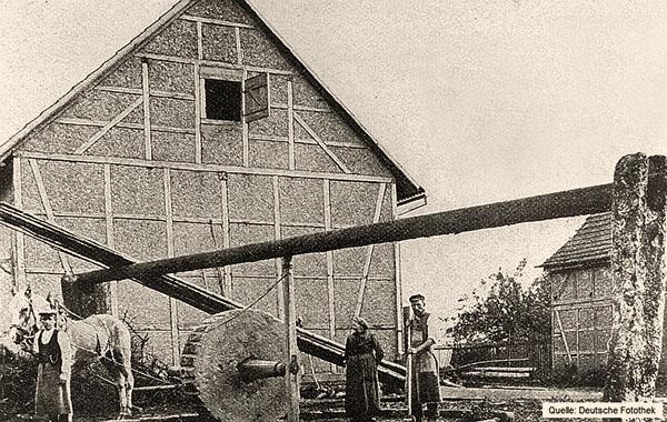 Zeitungsabb.: die letzte Waidmühle in Deutschland