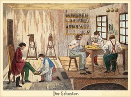 kolorierter Holzstich: Schuster und drei Gesellen bei der Arbeit, ein Kunde bei der Schuhanmessung