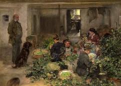 Gemälde: Höpfner beaufsichtigt Frauen und Mädchen, die am Boden sitzend Hopfendolden von den Ranken zupfen - 1907