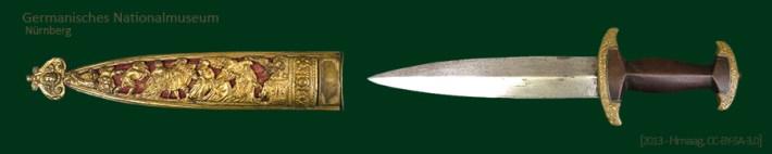 Farbfoto: Dolch mit Holzgriff und goldummantelter Scheide (à la Hohlbein) - 1575