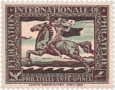 Marke: Bote hält beim Reiten Brief in die Luft - 1929, Österreich