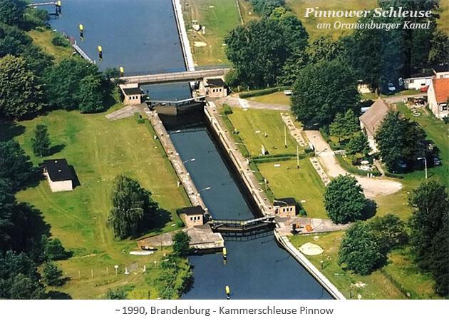 Farbfotopostkarte: Kammerschleuse am Oranienburger Kanal ~1990, Brandenburg