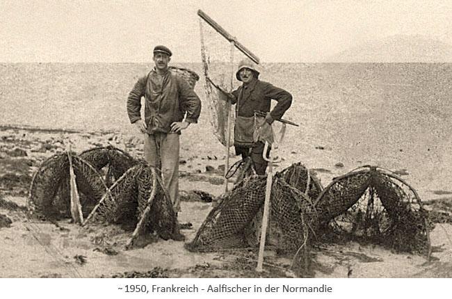 sw Fotopostkarte: Aalfischer in der Normandie