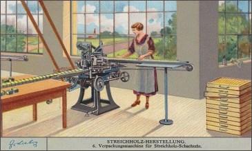 Sammelbild: Frau verpackt Streichholzschachteln an Maschine