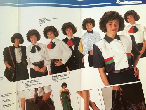 Katalog für Uniformen Flugbegleiterin