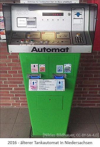 Farbfoto: älterer Tankautomat in Niedersachsen - 2016