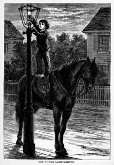 kleiner Laternenanzünder steht auf Pferd um Lampe anzuzünden