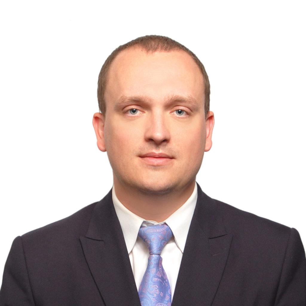 Максим Шутый