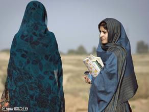 st.pakistan.women.students.jpg_-1_-1