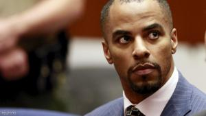 Former National Football League star Darren Sharper (L) and his attorney Leonard Levine (R) appear at the Clara Shortridge Foltz Criminal Justice Center in Los Angeles, California, U.S. on March 23, 2015.   REUTERS/Nick Ut/Pool/File Photo