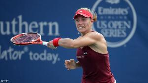 MASON, OH - AUGUST 18: Angelique Kerber of Germany hits a return in her third round match against Barbora Strycova during day 6 of the Western & Southern Open at the Lindner Family Tennis Center on August 18, 2016 in Mason, Ohio. (Photo by Andy Lyons/Getty Images)