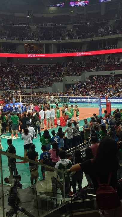 Awarding - Aby and Cyd are dancing