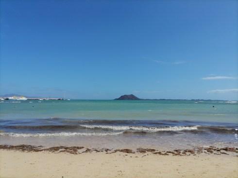 Isla de Lobos from Playa de Corralejo Viejo