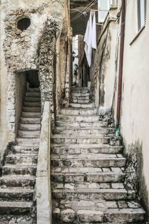 Stairs Scale Sperlonga smartraveller blog