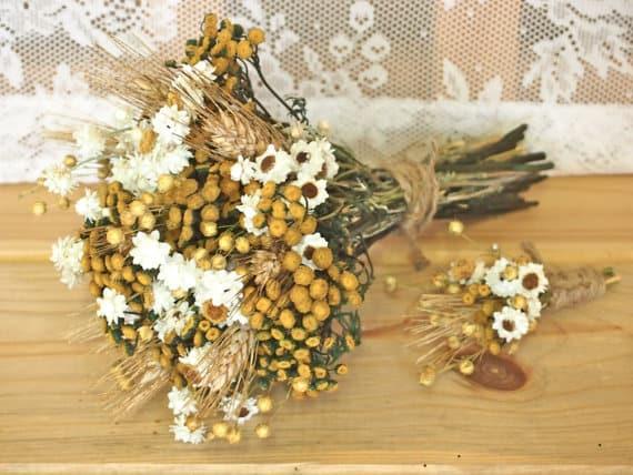 Our Top 12 Alternative Bridal Bouquets