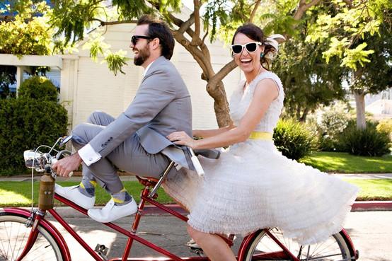 Wednesday Wedding Inspiration: Fun 50's Retro Theme