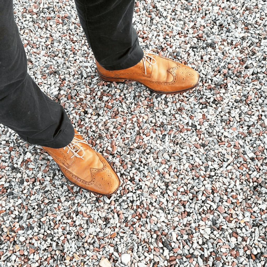 what to wear with wingtip shoes and for the office