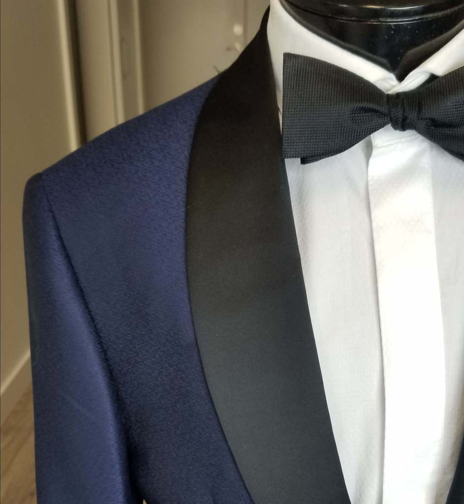 lapel considerations when buying a tuxedo