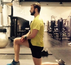 Hip flexor stretch for runners