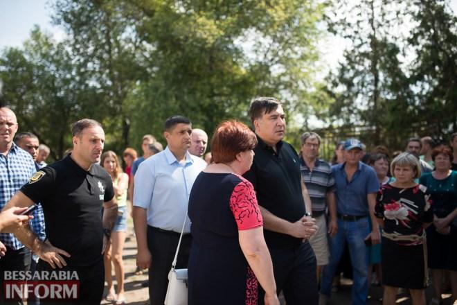 SME_2918 Саакашвили отправился на похороны убитой девочки