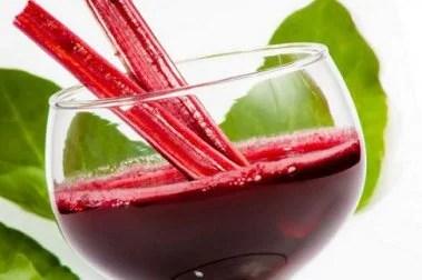 Saft aus Roter Bete und Spinat