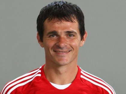 Willy Sagnol, voyez sa grande intelligence tactique.